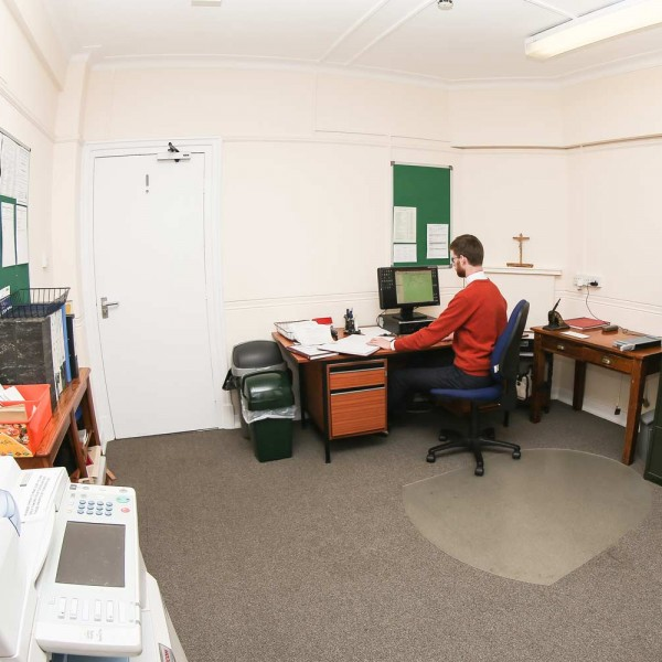 Biuro Parafialne St Ignatius