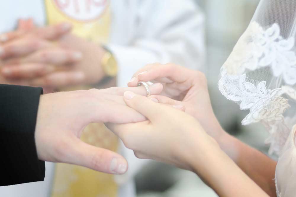 Sakrament Małżeństwa w St Ignatius w Londynie